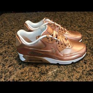 brand new 18722 8ef3a Nike Shoes - Nike Air Max 90 Se LTR Metallic Bronze 859633-900